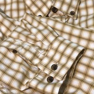 Eddie Bauer long sleeve relaxed fit dress shirt